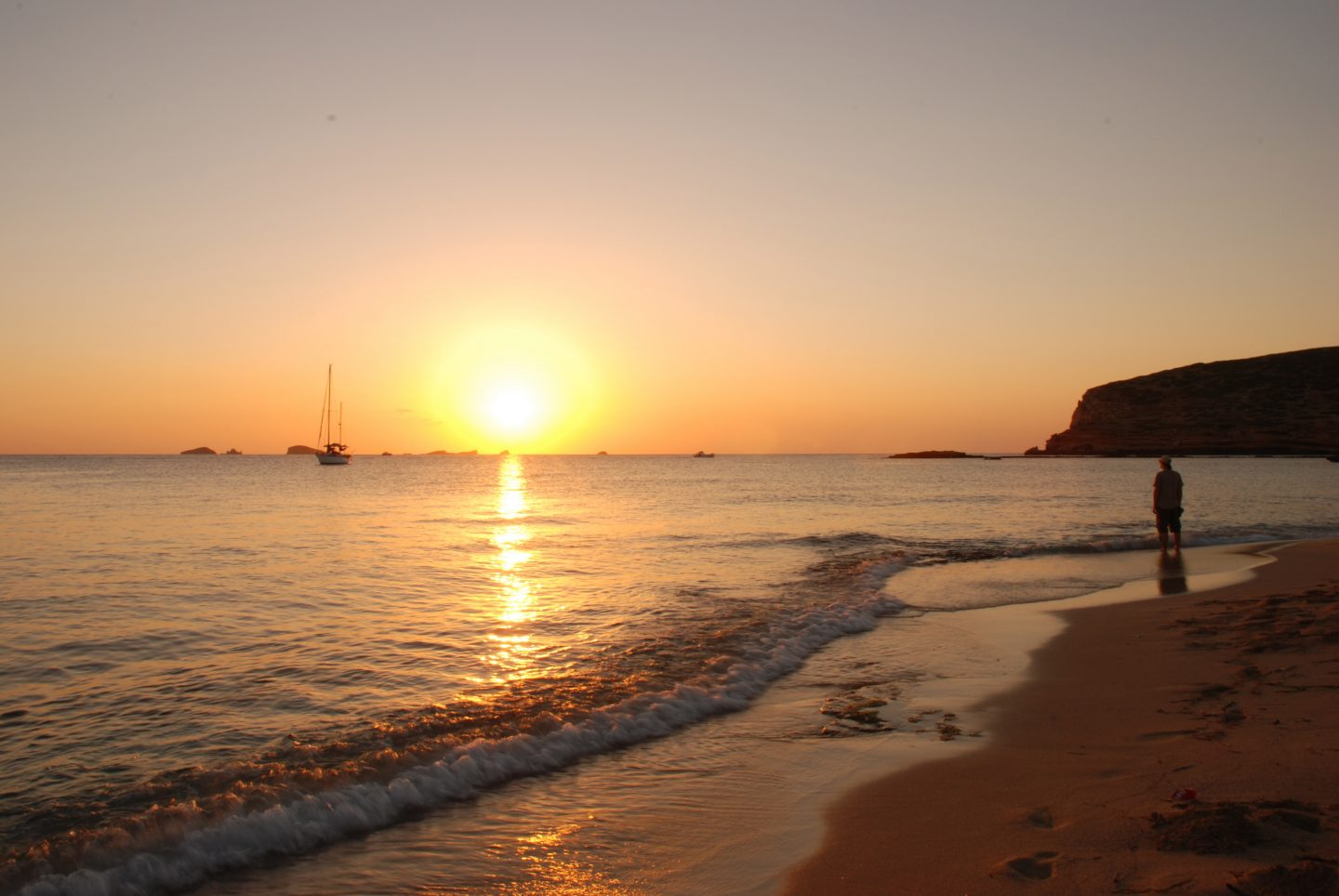 8 Reasons I Want To Go To Ibiza